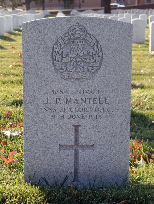 The grave of Private John Paul Mantell
