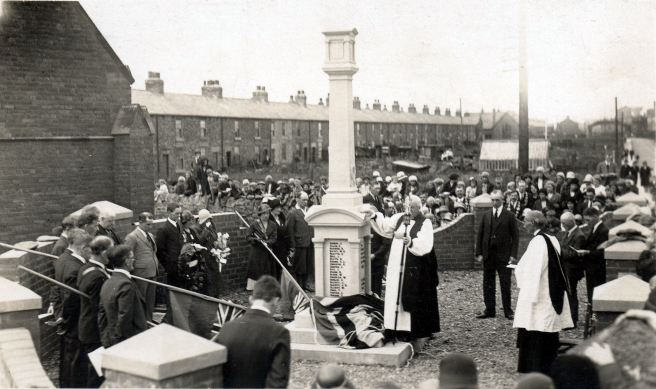 The unveiling of Cambois war memorial on 23 July 1932