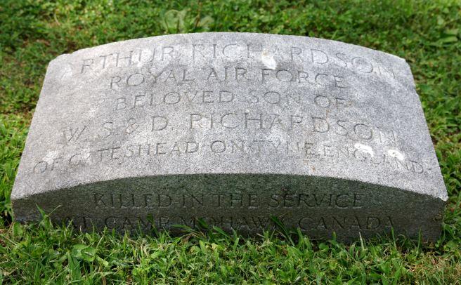 The grave of Cadet Arthur Richardson