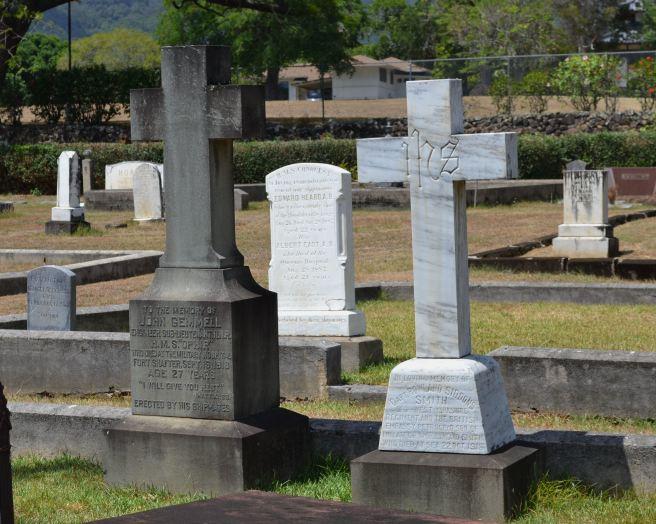 The grave (left) of Engineer Sub-Lieutenant John Gemmell