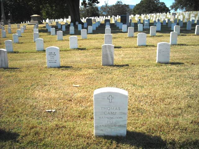 The grave of Private Thomas Camp in Chattanooga National Cemetery